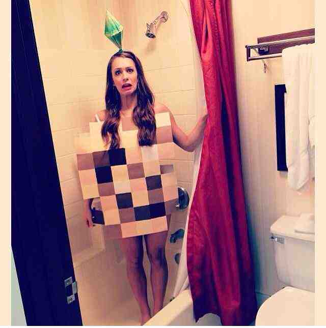 Best costume I've seen yet!!
