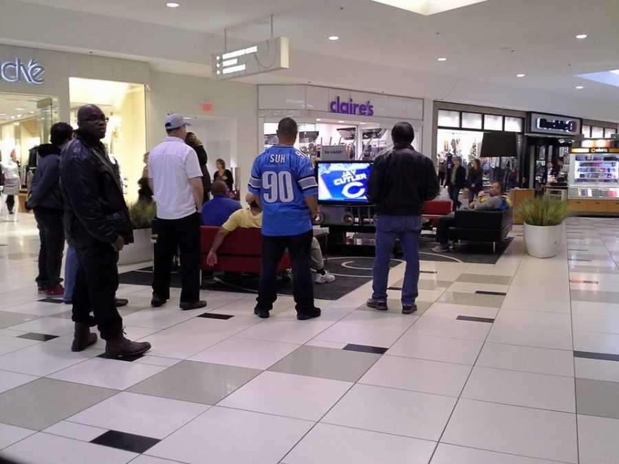 When men are forced to go to the mall on Football Sunday…