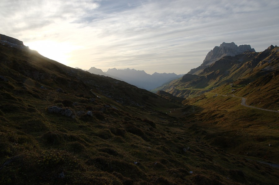 Sunset over Klausenpass, Canton Uri, Switzerland [1200×795] [OC]
