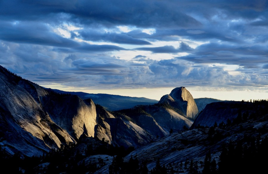Last light on Half Dome.(Yosemite) [1247 x 810]