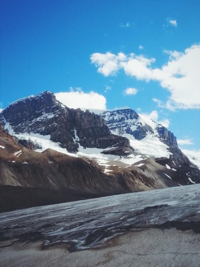 Mount Andromeda, Columbia Icefields, Jasper National Park [3264×2448]