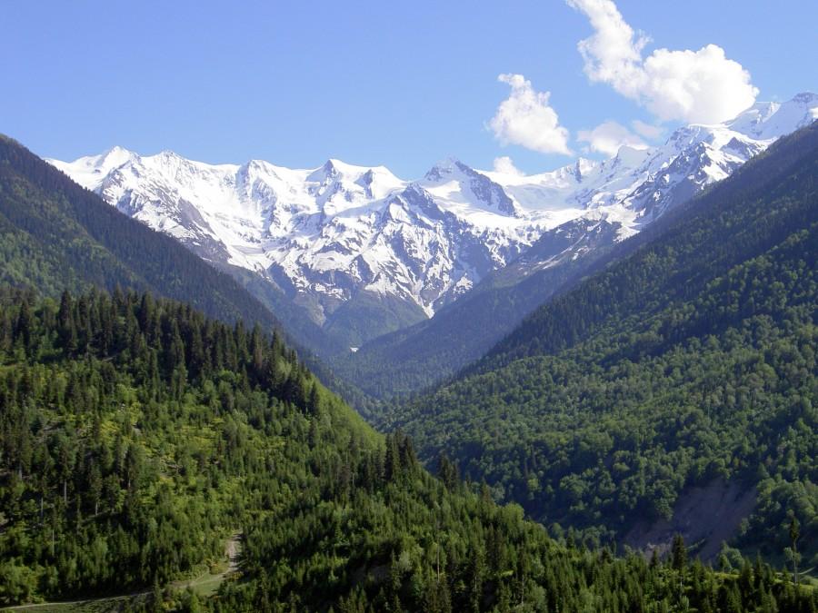 Caucasus Mountains, Georgia[2592×1944]