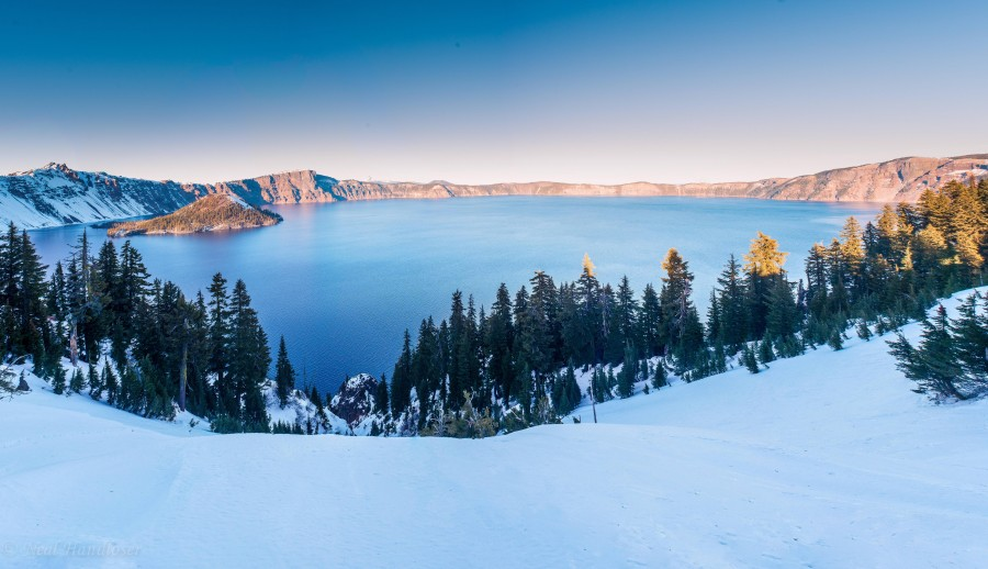 Yesterday Evening At Beautiful Crater Lake, Oregon [OC] [6951×4004]