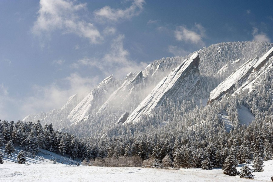 The Flatirons, Boulder, Colorado [1968×1310]