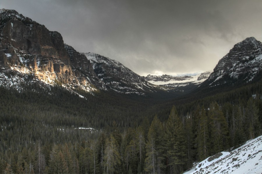 Winter in Hyalite Canyon, Montana [OC] [3099×2062]