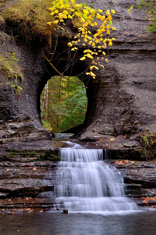 """Hole in the wall"". Photo by Ronald Mani. Port Alberni, British Columbia. [530×800]."