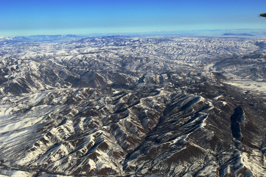 I flew over the Rockies yesterday. [OC] [2799 x 1866]