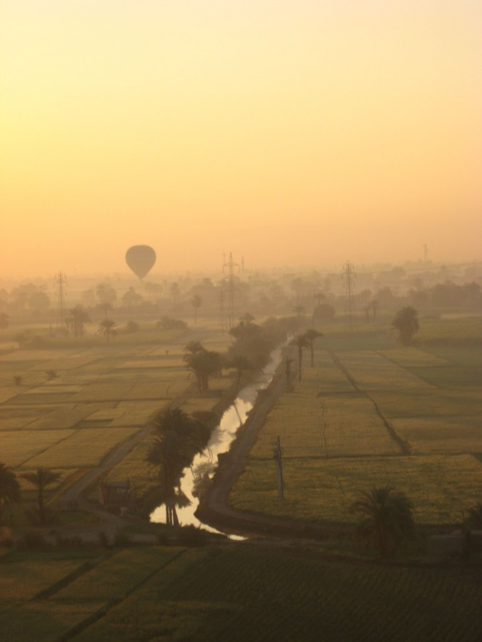 Sunrise taken from a hot air balloon in Aswan, Egypt [2304×3072] [OC]