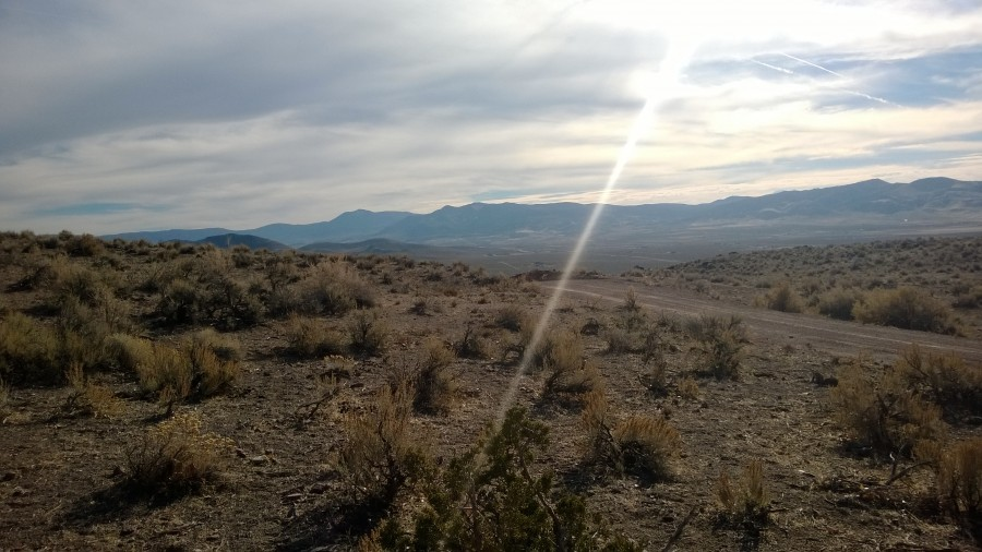 I took this about a month ago in Sparks, Nevada. [OC] [3552×2000]