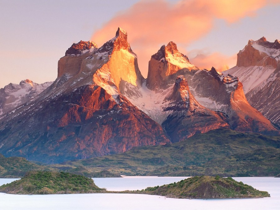 The Torres del Paine in Chilean Patagonia [1600×1200]