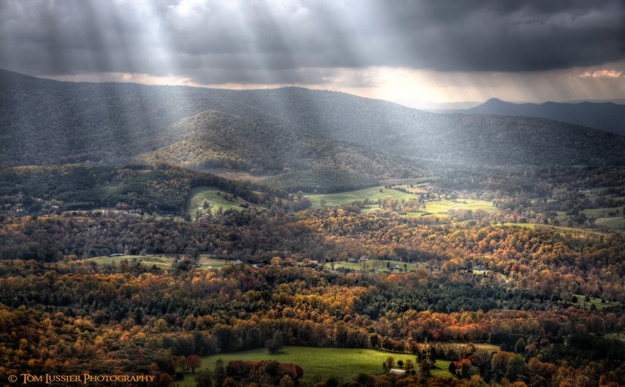 Shenandoah Valley, United States. The place I call home. [1772×1100]