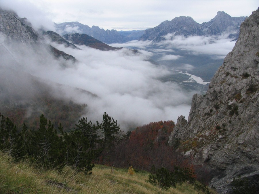 Mist shrouds the Valbonë Valley in northern Albania. Viewed from its namesake mountain pass. [3264×2448]