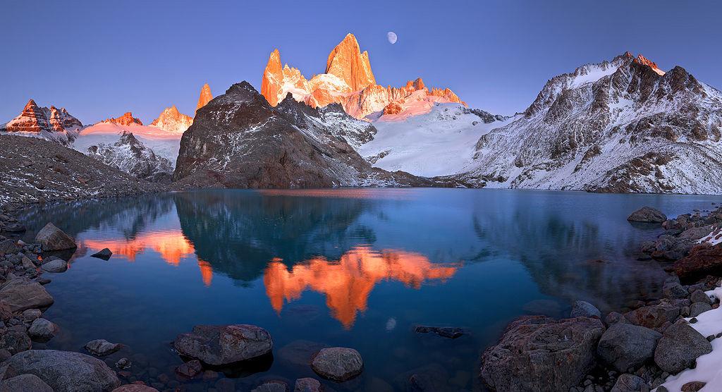 """Fitz Roy in sunrise"" – Mount Fitz Roy, Argentina [1024×556][OS] photo by Dmitry Arkhipov"