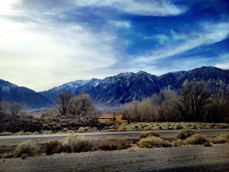 Sierra Nevada range near Bishop, California [OC] [3264×2448]