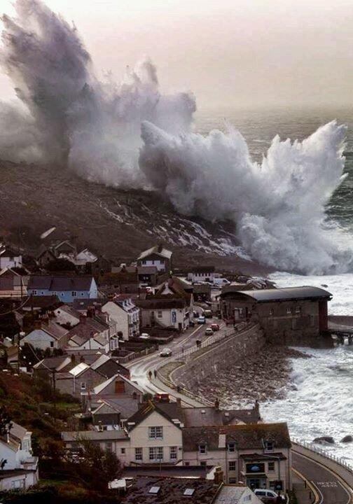 Wave crashing, Cornwall England [504×720]