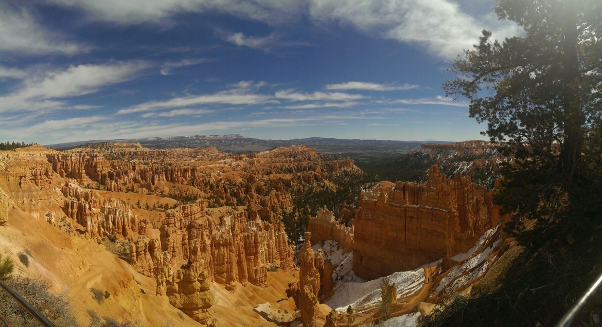 Photo I took at Bryce Canyon National Park, Utah today (3/9/2014) [3634×1978]
