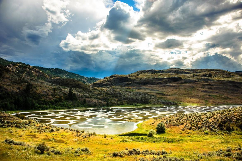 Spotted Lake, British Columbia [3000×1996]