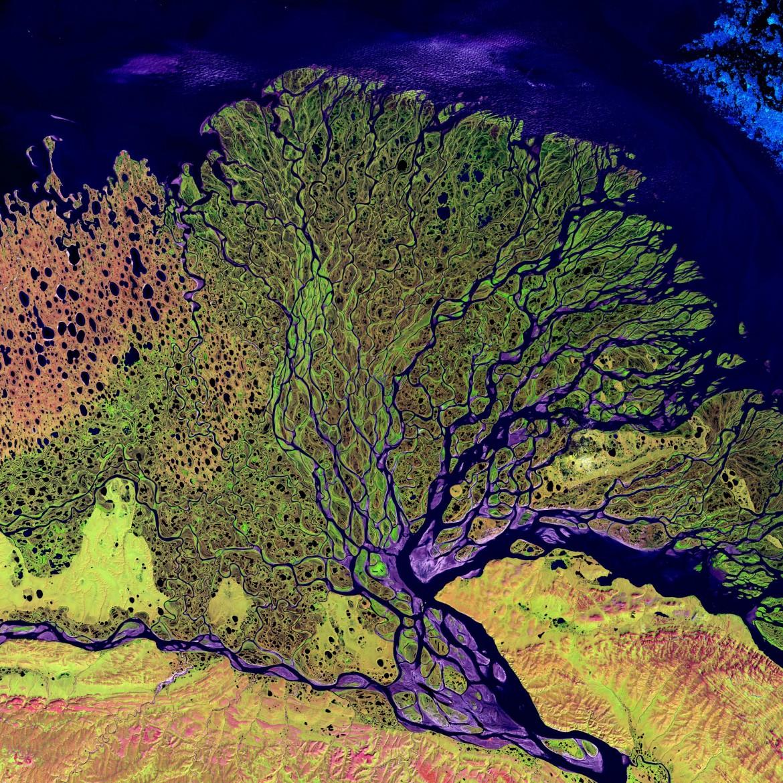 Lena River Delta, Siberia [3100 x 3100]